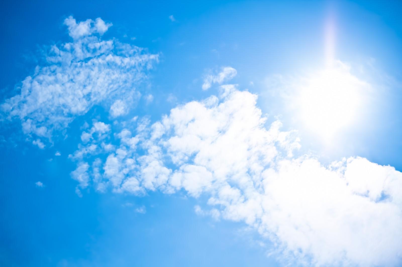 夏の太陽「UV」