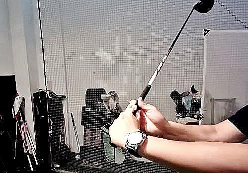 ゴルフスイングのタメ