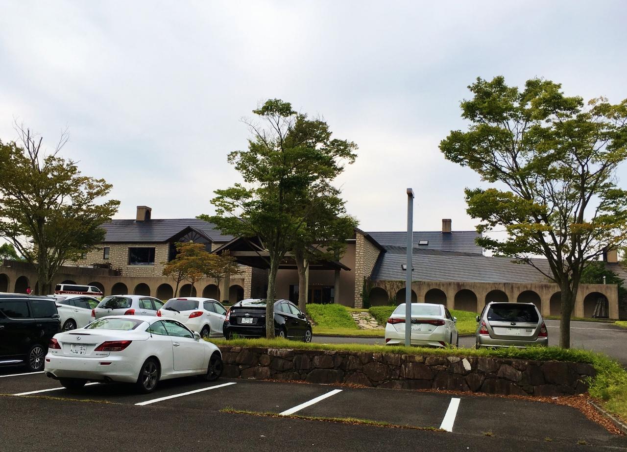 鮎滝カントリークラブ駐車場