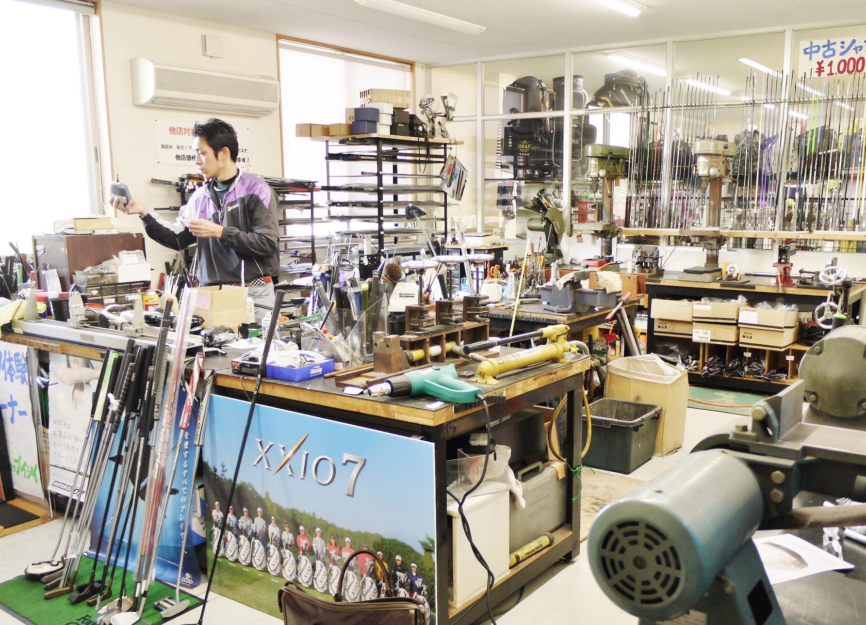 専用の設備の整ったしっかりとした広い工房