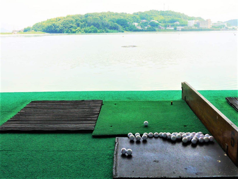 ゴルフ練習場ボール